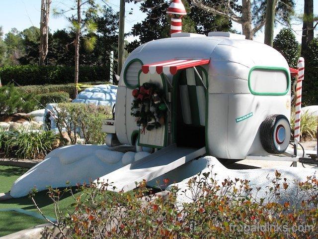 winter-summerland-miniature-golf-58